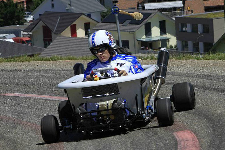 Video Cleaning On The Go A Bathtub Built To Race