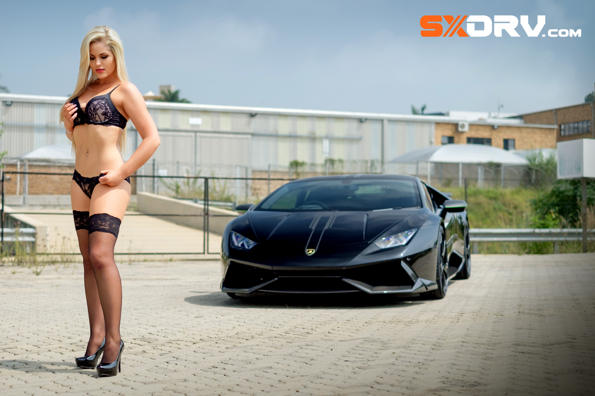 laura bishop lamborghini huracan exclusive interview and pictures 4. Black Bedroom Furniture Sets. Home Design Ideas