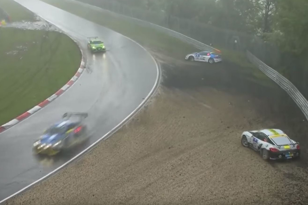 Video: This is what a real storm during a race looks like! Brutal ...