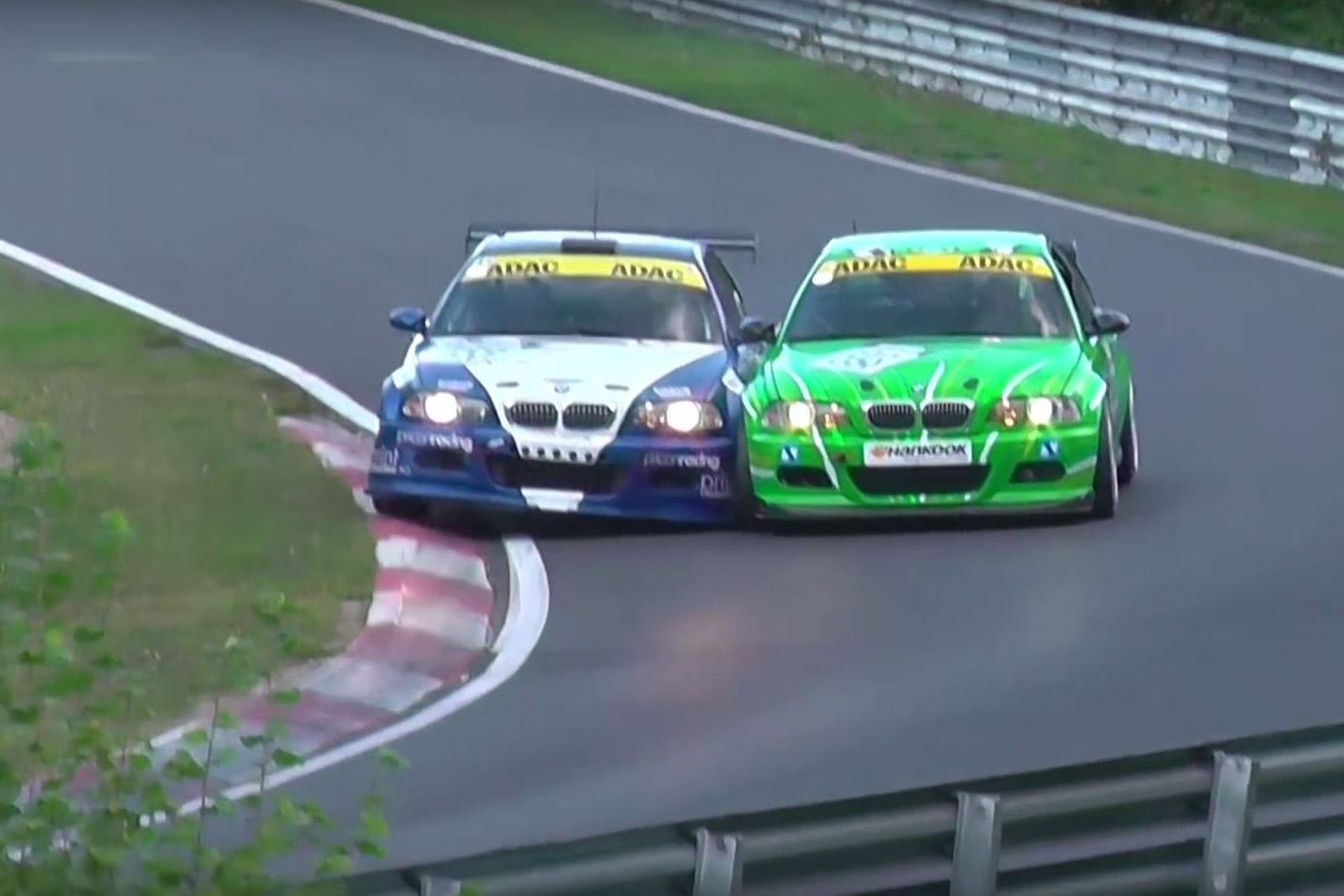 Video: Ambitious Overtake Kills Two BMW E46 M3 Race Cars At The \'Ring