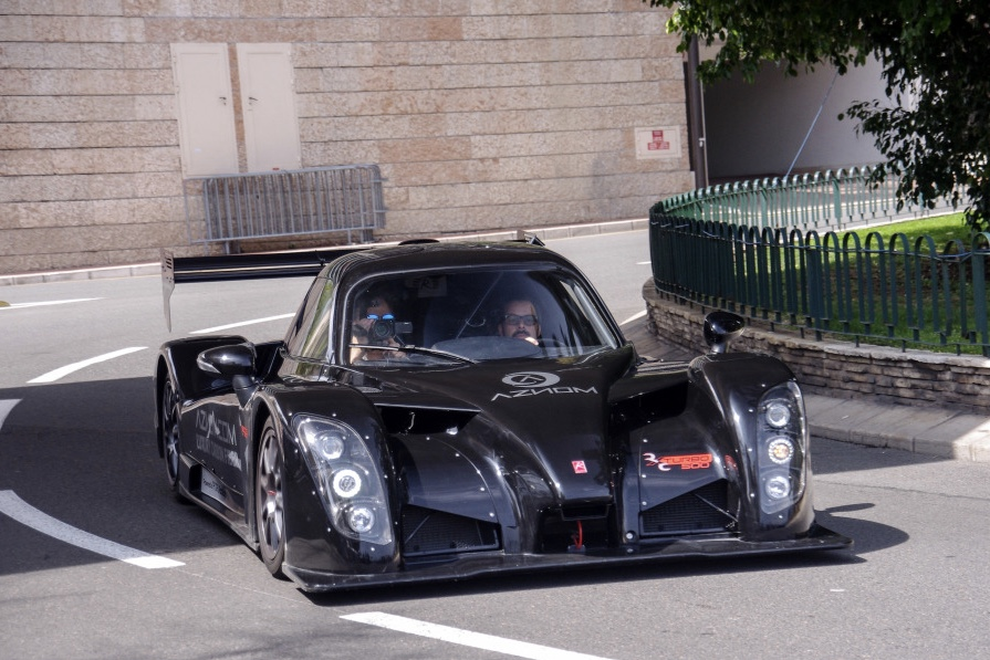 Check out this INSANE Street Legal Race Car \' The Radical RXC Turbo ...