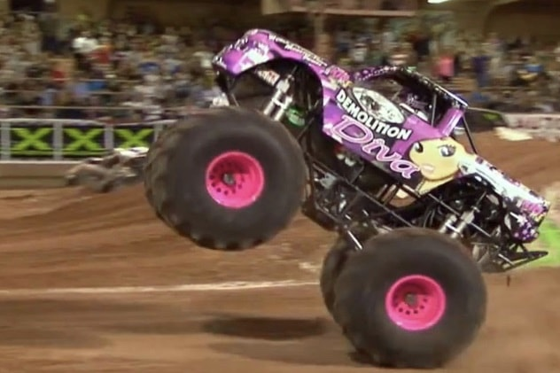 Video: There is a Monster Truck kids team, that