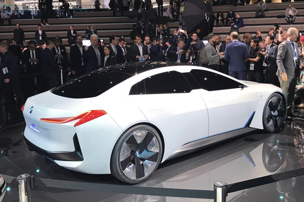 Video Check Out This Insane Bmw I5 Concept Car Image 4