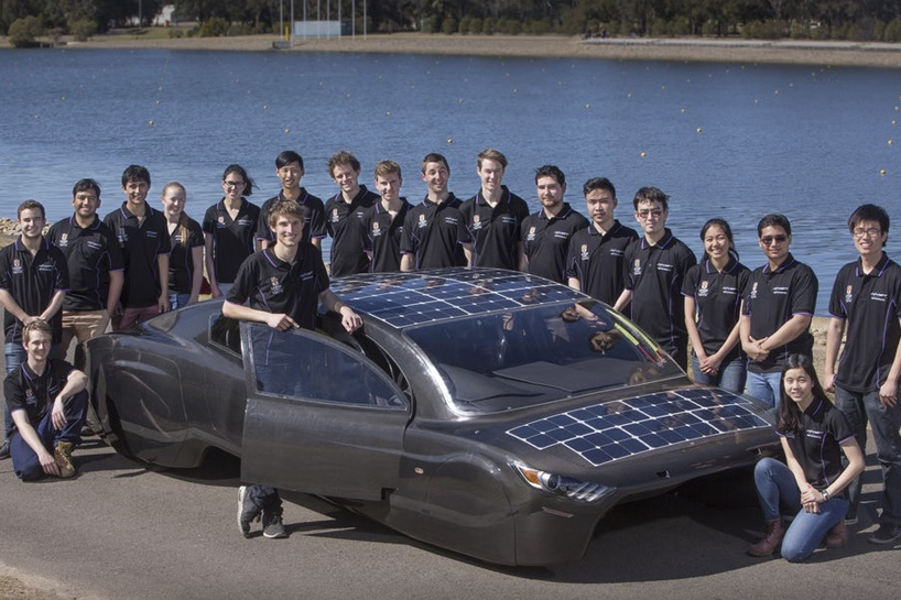 Video: Electric automobile on the road to complete 3000km solar race! 1