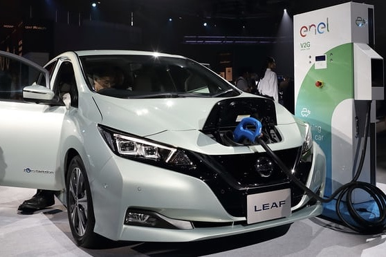 Owners of Electric Cars Can Drive For Free By Letting Energy Firms Use Their Batteries 1