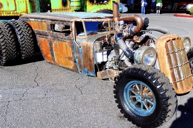 Video: A Diesel Driven Dually Rat Rod! 1