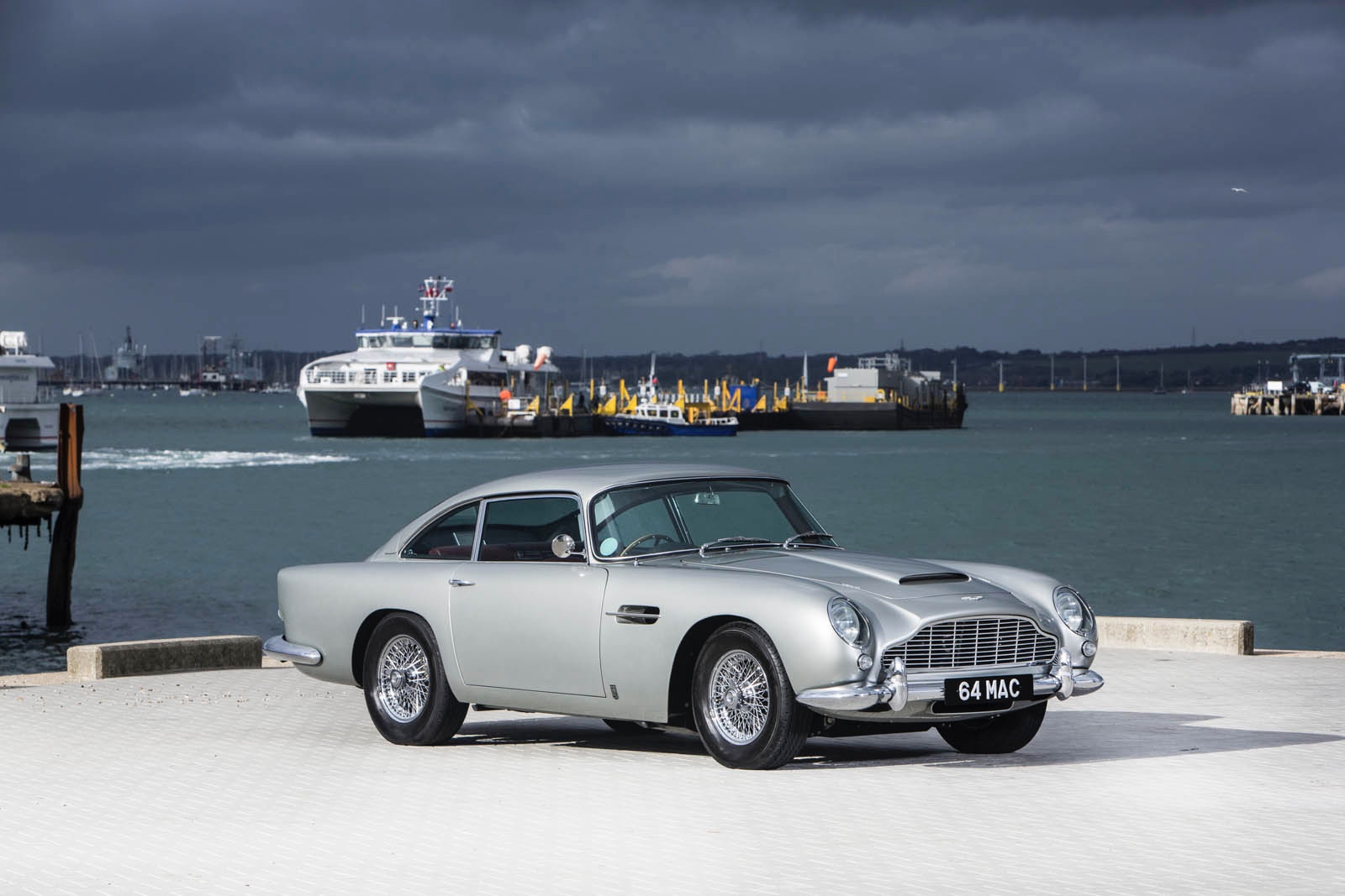 video: paul mccartney's 1964 aston martin db5 to go on auction image - 1