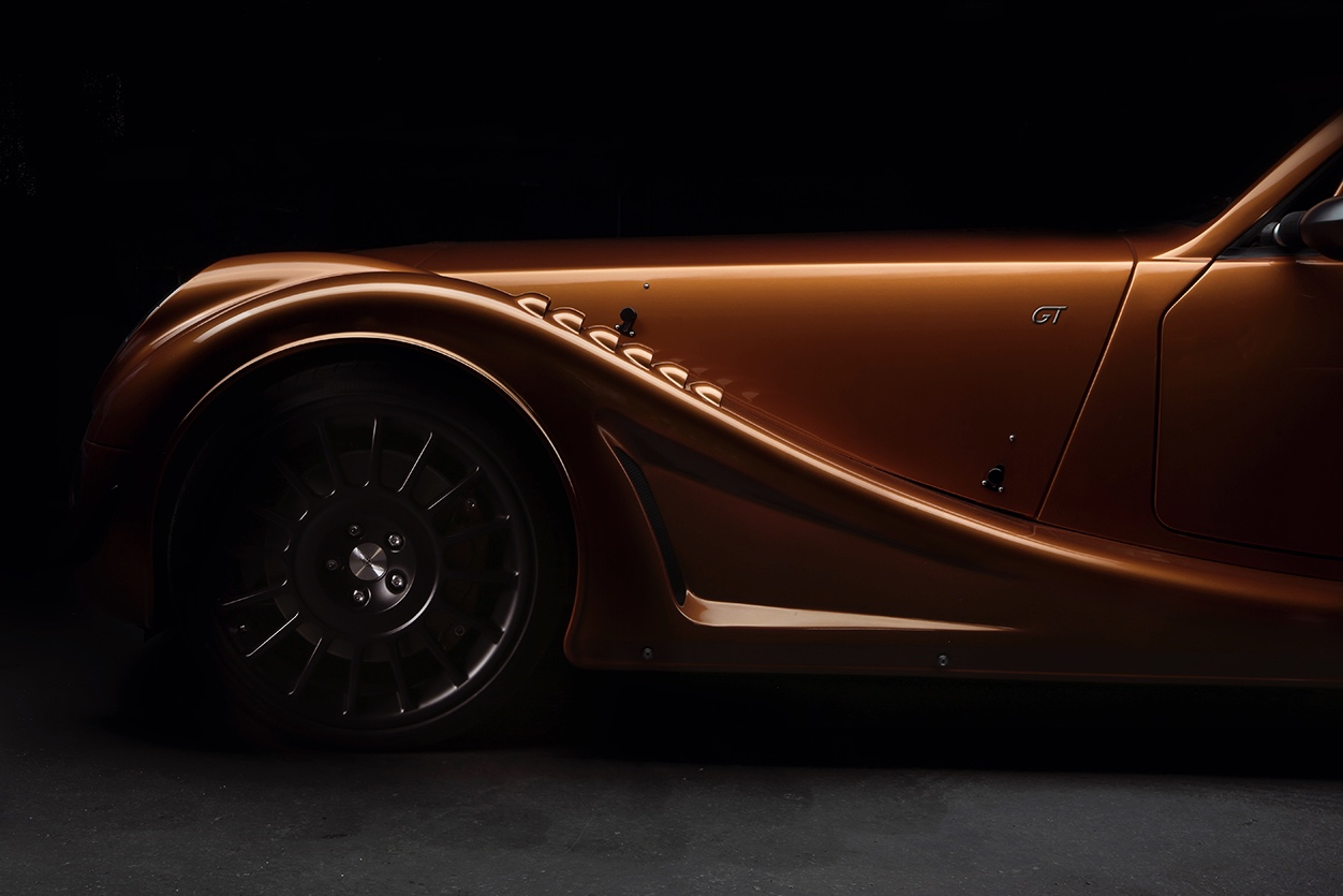 The Extreme Road-going Morgan Aero Gt 1