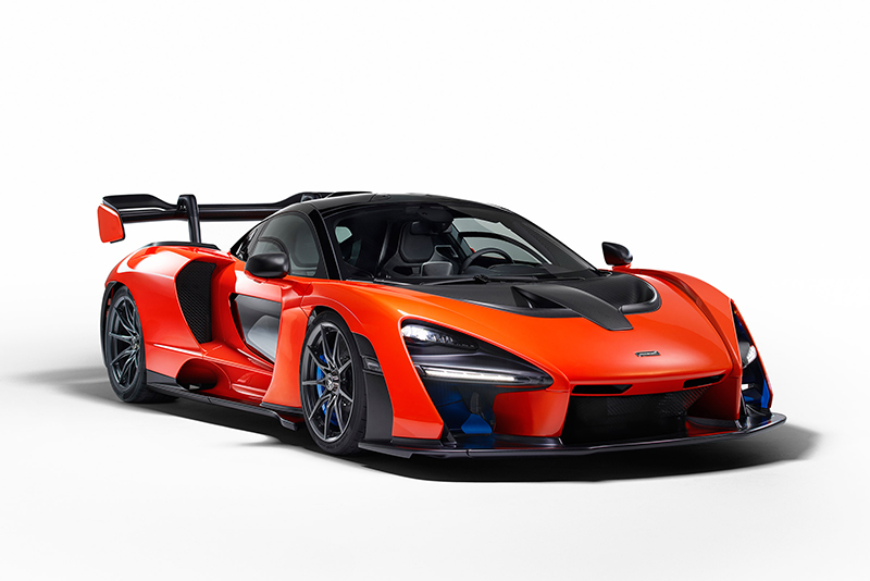 carbon ceramic brakes,RaceActive Chassis Control II system,road-legal,dihedral doors,teardrop,twin-turbo V8,Formula 1 World Champion,Ayrton Senna,track-focused hypercar,789bhp,Ultimate Series,McLaren Senna,