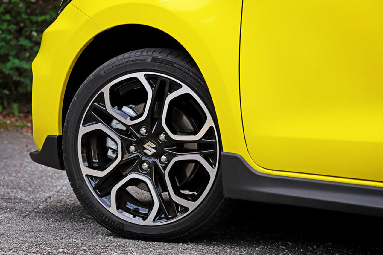 The All New Suzuki Swift...And all the tech that comes with it! 7