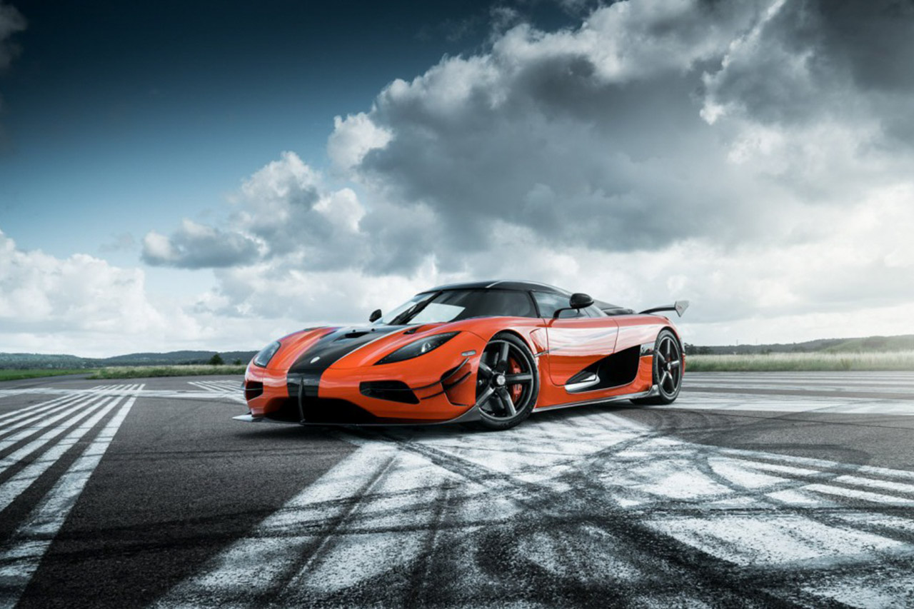 Video: A History Of Koenigsegg 1