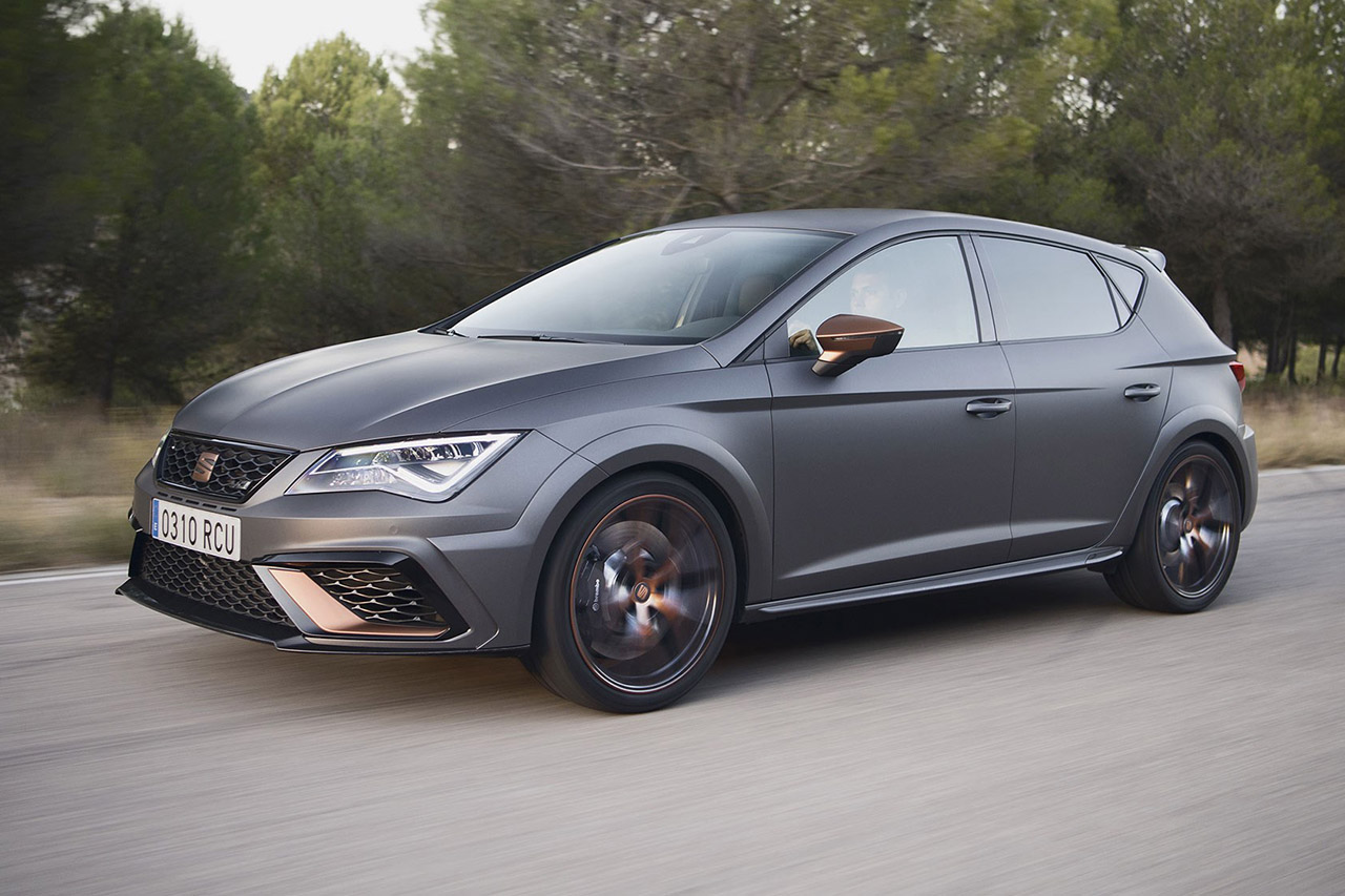 seat 39 s leon cupra r for 2018 is a brute. Black Bedroom Furniture Sets. Home Design Ideas