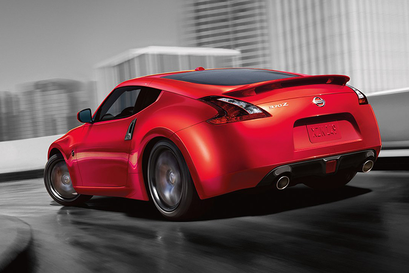 Z-car,NISMO division,sxdrv,390Z,Exedy high-performance clutch,seven-inch touchscreen,19-inch alloys,two-door coupe,Nissan 370Z,2018 Nissan 370Z facelift,