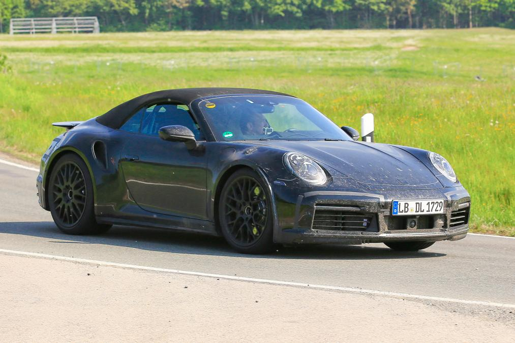 New Porsche 911 Cabriolet Spied For The First Time 1