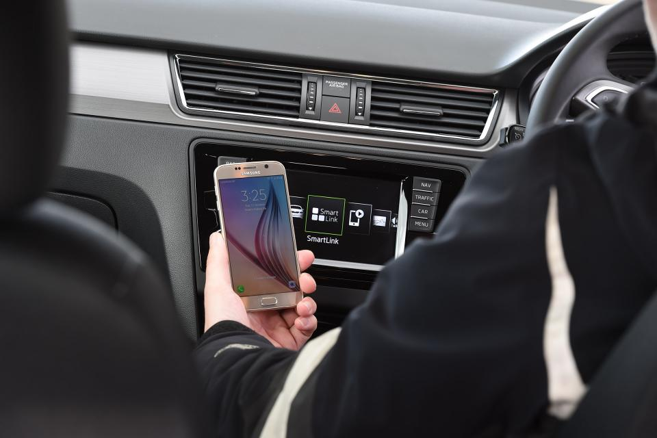 New standards mean smartphones could soon replace car keys 1