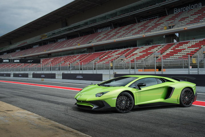 Experience neck-snapping speed with the fastest-accelerating cars 11
