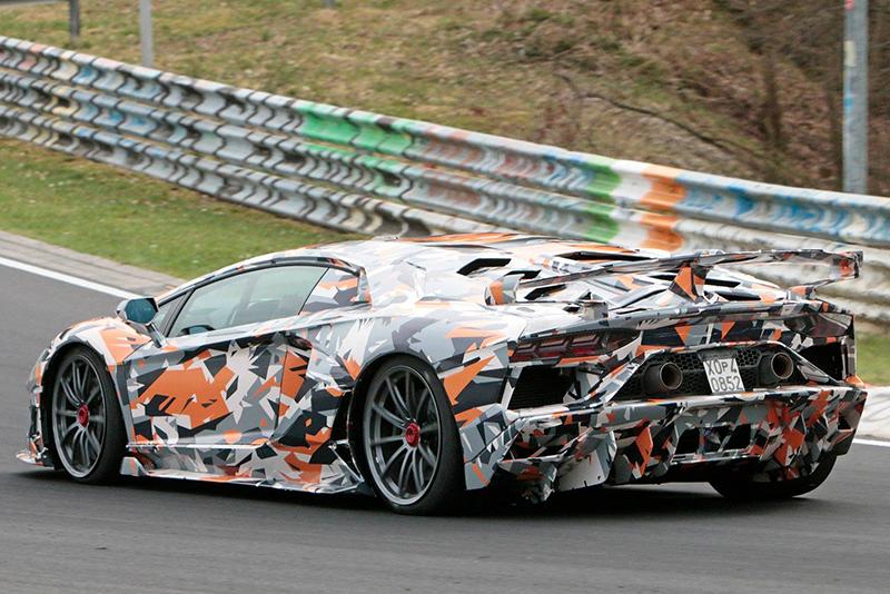Hardcore Lamborghini Aventador SVJ breaks Nurburgring lap record 1