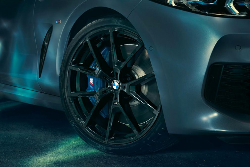 cars,carbon fibre,4.4-litre twin-turbo V8,M-Sport,blackout,400-run,limited,First Edition,M850i xDrive Coupe,BMW,Automotive,
