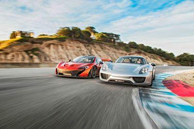 Video: 2015 Mclaren P1 Vs. 2015 Porsche 918 Spyder!