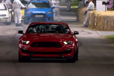 Video: The New Shelby Gt350r Sounds Like A Demon Unleashed.