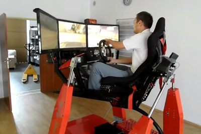 Video: One Of The Most Extreme Rally Simulators You'll Ever See!