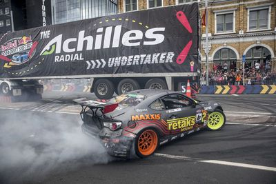Video: Red Bull Drift Shifters. Drifting Evolved!