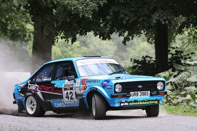 Video: Flatout, Sideways And Ludicrous, Frank Kelly Is A Master Behind The Wheel Of His Rally Escort Mk2.