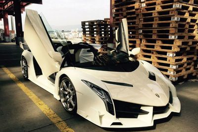 Girlfriend Gets $4.4 Million Lamborgini Veneno Roadster As A Gift!