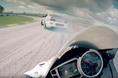 Video: Motorcycle Vs. Car Drift Battle 4