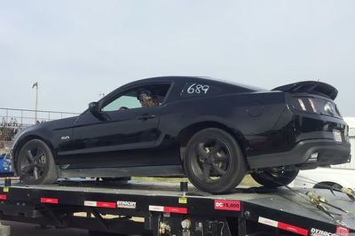 Video: Mustang Explodes Tyre On Dyno At 240km/h!