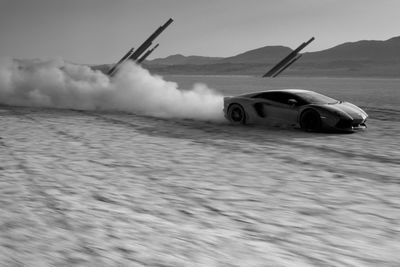 Video: Idiot Takes Aventador Off-roading In The Desert!