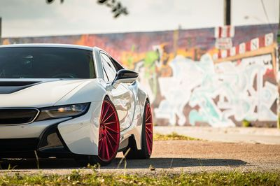 Video: The Bmw I8 Might Be A Hybrid, But It Can Do Donuts Like A Boss!
