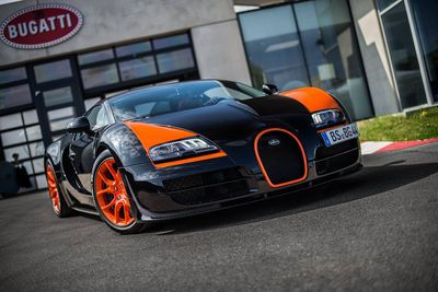 Video: Watch A Bugatti Veyron Grand Sport Vitesse Wrc Do A Sick 4wd Burnout!