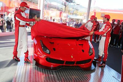 Video: 2016 Ferrari 488 Gt3 & Gte First Debut On Track