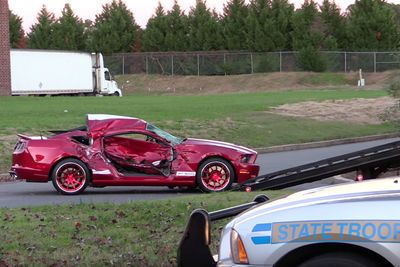 Video: Dude Wrecks His 662hp Shelby Mustang Gt500 Badly!