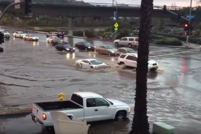 Video: This Lamborghini Driver Must Think His Car Is A Submarine!