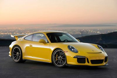 Video: Porsche 911 Gt3. 360-degrees Of Amazing!