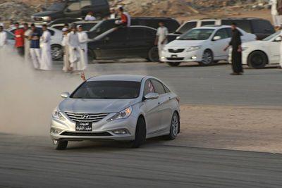 Video: Desert Drifters - Illegal Street Drifting In Saudi Arabia