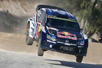 Video: Vw Wrc Rally Drivers Collides With Photographer, Continues Driving!