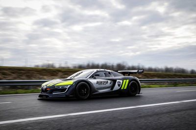Video: The Renault Sport Rs 01 Interceptor Is Every Highway Racer's Nightmare! Speeders Beware!