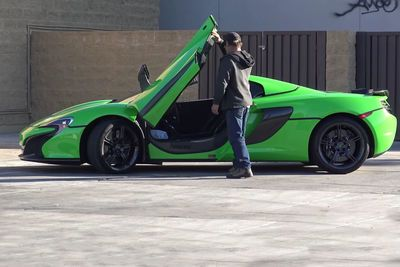 Video: Dumb People Trying To Steal A Mclaren 650s Get Owned!