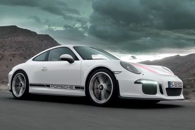 Video: This Porsche 911 R Video Will Make Your Heart Skip A Few Beats!