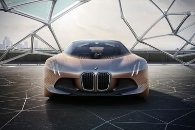 Video: Bmw Have Built The Most Futuristic Self-driving Concept Car Ever.