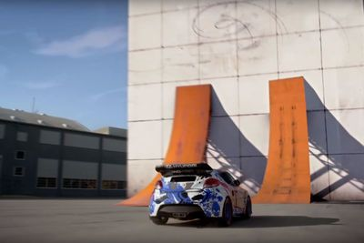 Video: Hotwheels Wall-ride Is Completely Completely Bonkers!