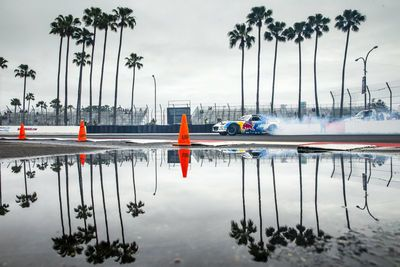 Video: Mad Mike Tackles Long Beach In His Quad Rotor Mx-5.