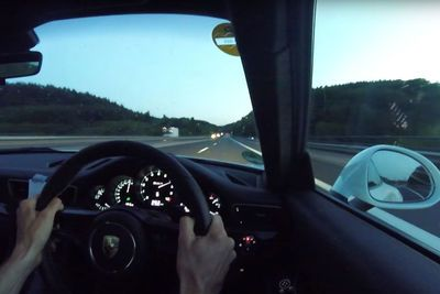 Video: Evo Tests Out The Porsche 911rs Top Speed Of 323km/h On The Autobahn!