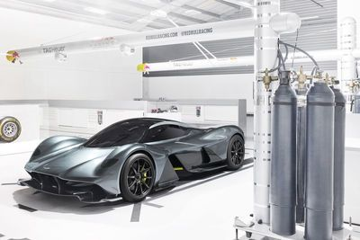 Aston Martin And Red Bull Unveil The Am-rb 001 Hypercar