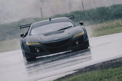 Acura Nsx Gt3 Looks Mean In Bare Carbon Fiber