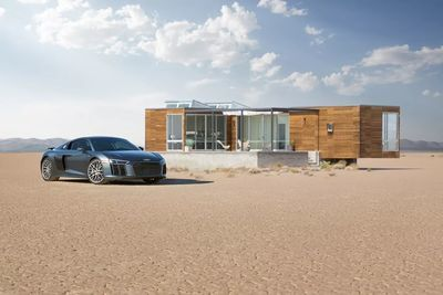 Video: This Awesome Airbnb Listing Comes With An Audi R8 V10 Included!