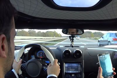 Video: Koenigsegg Agera R Owner Hammers It On The German Autobahn